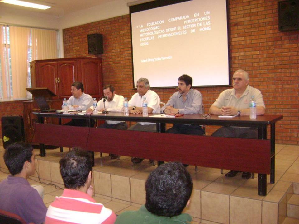 """Difusión: """"Presentan libros de Educación Comparada"""" IVES"""